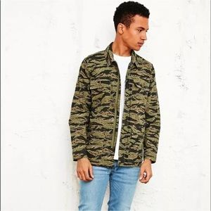 Obey Men's S Dissent Tiger Camo Shirt Jacket Army